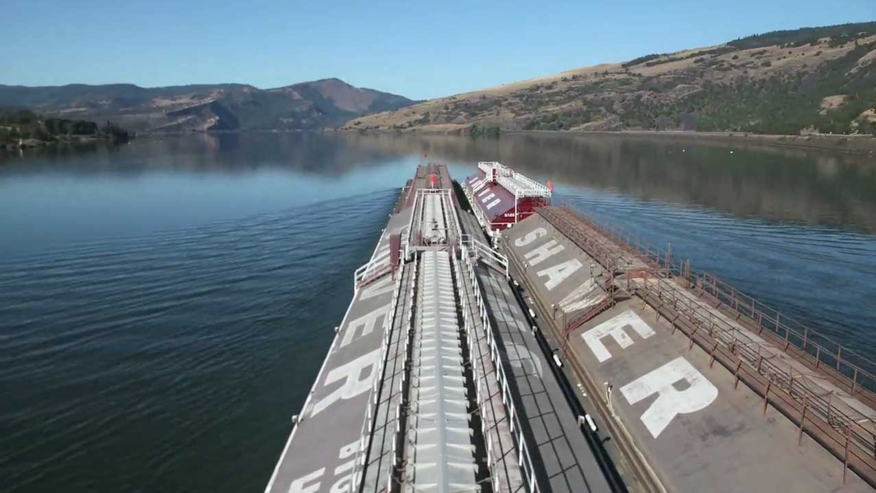 River Barge Time Lapse